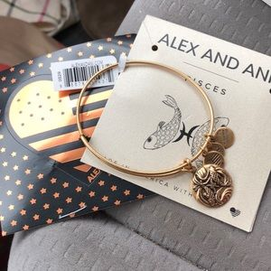NWT Alex & Ani gold Pisces bracelet